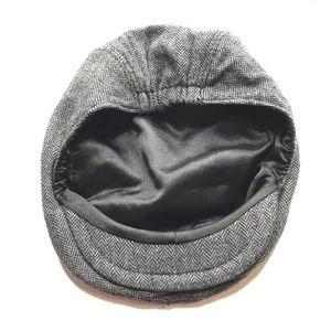 Gymboree Gray Herringbone Newsboy Hat A000775